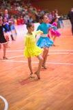 Unga dansare som sammanfogar den 18th Guangdong Dancespots Chamionship konkurrensen Royaltyfri Bild