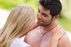 Unga härliga par i intimitet tillsammans Fotografering för Bildbyråer