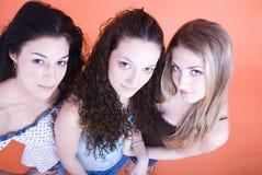 unga härliga tre kvinnor Arkivfoton