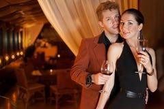Man och kvinna i restaurangen för matställe Royaltyfria Foton