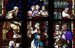 Unga Mary i templet befläckt exponeringsglas Fotografering för Bildbyråer