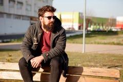 Unga män med hipsterblick Fotografering för Bildbyråer