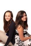 Unga nätta tonåriga flickor Fotografering för Bildbyråer