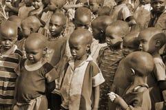 Unga oidentifierade afrikanska barn Arkivfoton