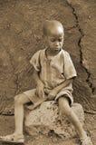 Unga oidentifierade afrikanska barn Royaltyfria Bilder