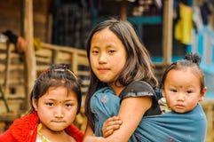 Unga systrar i Arunachal Pradesh Royaltyfria Foton