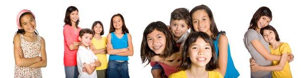 unga visasende säkra vänner arkivfoto