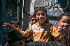 Ungar på gatan royaltyfri fotografi