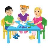 Ungar som arbetar på tabellvektorillustration royaltyfri illustrationer