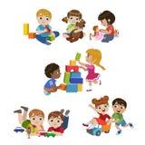 Ungar som inomhus spelar uppsättningen royaltyfri illustrationer
