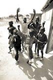 Ungar som spelar i södra Sudan Fotografering för Bildbyråer