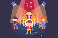 Ungar som spelar olika musikinstrument och sjunger sången, musikalisk grupp som utför på etappvektorillustrationen stock illustrationer