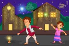 Ungar som tycker om firecrackeren som firar den Diwali festivalen av Indien royaltyfri illustrationer