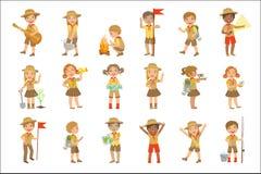 Ungar spanar att fotvandra uppsättningen vektor illustrationer
