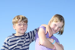 ungar två Fotografering för Bildbyråer