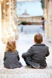 ungar utomhus royaltyfri foto