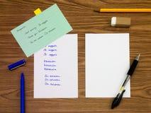 Ungarisch; Lernen von neuen Sprachschreibens-Wörtern auf dem Notizbuch stockbild