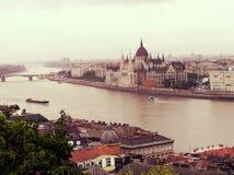 10/10/2013 ungarn Budapest das Stadtzentrum von Budapest der Fluss Donau Lizenzfreie Stockfotografie