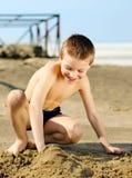 Unge på stranden Royaltyfri Fotografi