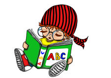 Unge som läser en bok Arkivbild