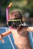 unge som snorkeling Arkivbild