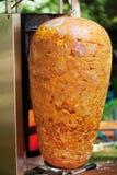 Ungebackener doner Kebab, Abschluss oben Stockfoto