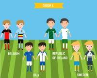 Ungebarn i hem och bort ärmlös tröjalikformig i Frankrike EURO 201 Royaltyfria Foton