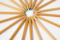 Ungefärbte hölzerne Bleistifte stockfoto