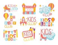 Ungelandlekplats och underhållningklubbauppsättning av färgrikt Promotecken för det spela utrymmet för barn vektor illustrationer