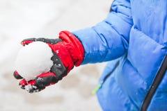 Kasta snöboll slagsmål Royaltyfri Foto