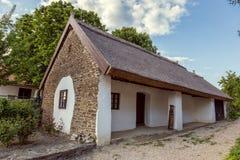 Ungersk traditionell arkitekturstil i byn Tihany, Fotografering för Bildbyråer