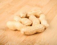 Ungeschälte Erdnüsse Stockfoto