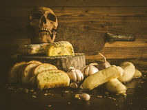 Ungesundes Knoblauchbrot und -kuchen Lizenzfreies Stockfoto
