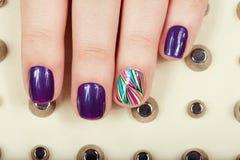 Unghie con il manicure Fotografie Stock