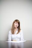Unglückliche Geschäftsfrau lizenzfreies stockfoto
