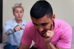 Unglückliche Paare, die Beziehungsprobleme haben Stockfotografie
