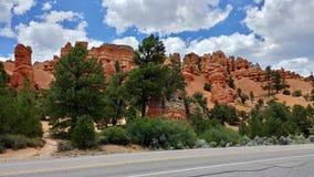 Unglücksboten an der roten Schlucht gerade außerhalb Bryce Canyon Utahs Stockfoto
