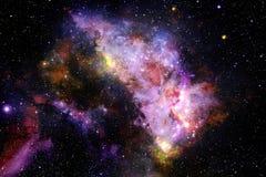 Unglaublich sch?ne Galaxie irgendwo im Weltraum Zukunftsromantapete lizenzfreie stockfotografie