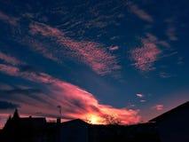 Unglaublicher Sonnenuntergang Stockbild