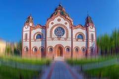 UngrareArt Nouveau synagoga i Subotica, Serbien royaltyfri foto