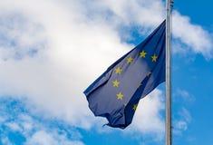 Unión y Brexit, bandera azul de Europiean de la UE con las estrellas del amarillo en el bl fotografía de archivo libre de regalías