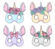 Unicórnio colorido do estilo dos desenhos animados com os desenhos da máscara do vetor das faixas da flor ilustração do vetor