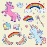 Unicórnio mágico bonito, arco-íris, asas feericamente, estrelas da varinha e grupo do vetor dos cristais ilustração do vetor