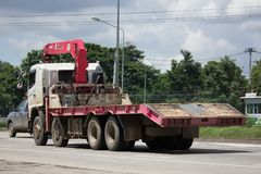 Unic V550 kran på den privata lastbilen Royaltyfri Fotografi