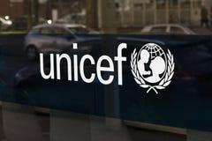 Unicef delle lettere sul quartiere generale olandese immagini stock libere da diritti