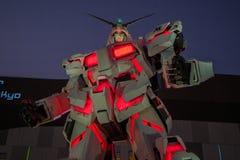 UNICON GUNDAM标度RX-0在Div的流动衣服雕象1:1模型  库存照片