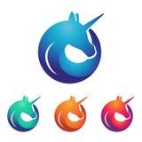 Unicorn Horse con el círculo Logo Symbol único del cuerno ilustración del vector