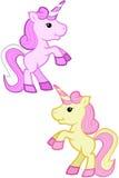 Unicorni rosa e crema di Kawaii - elevandosi su illustrazione di stock