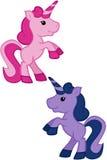 Unicorni rosa e porpora di Kawaii - elevandosi su illustrazione di stock