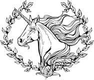 Unicornio en el marco de las ramas de la flor Imagen de archivo libre de regalías